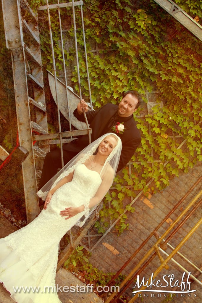 Royal Oak Music Theater Wedding Photo -