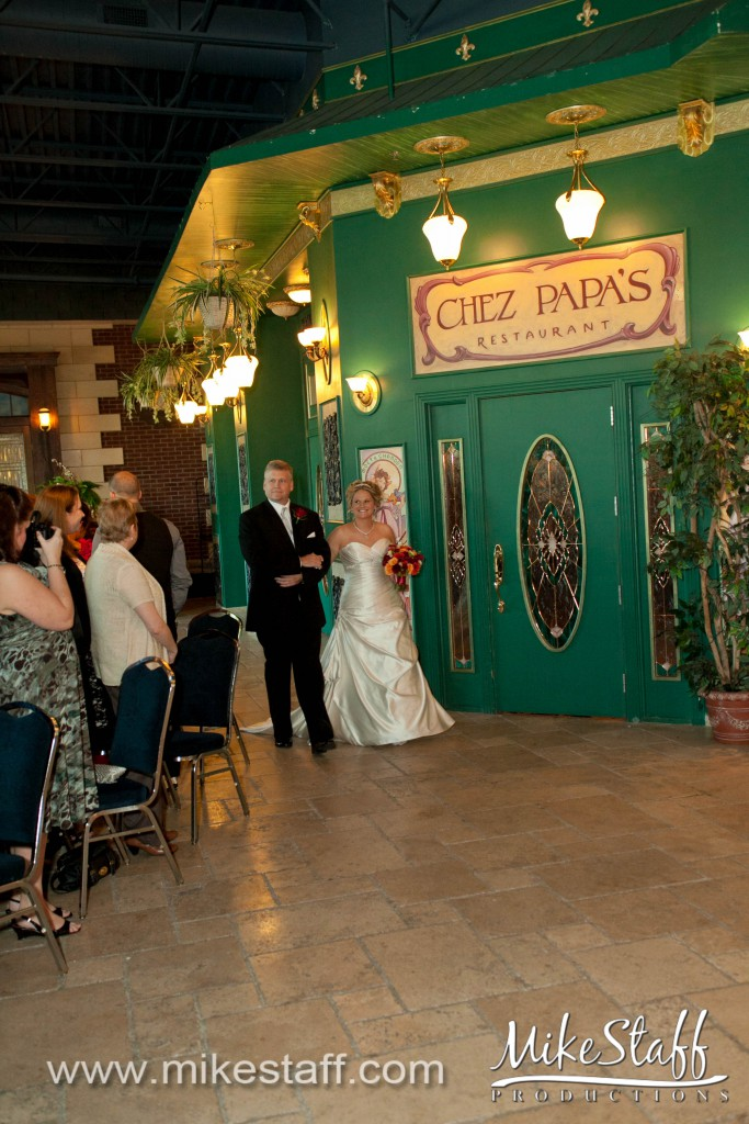 Best Western Concorde Inn – Clinton Twp., MI Wedding Photo -