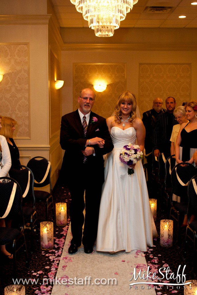 Barrister Gardens – St. Clair Shores, MI Wedding Photo -