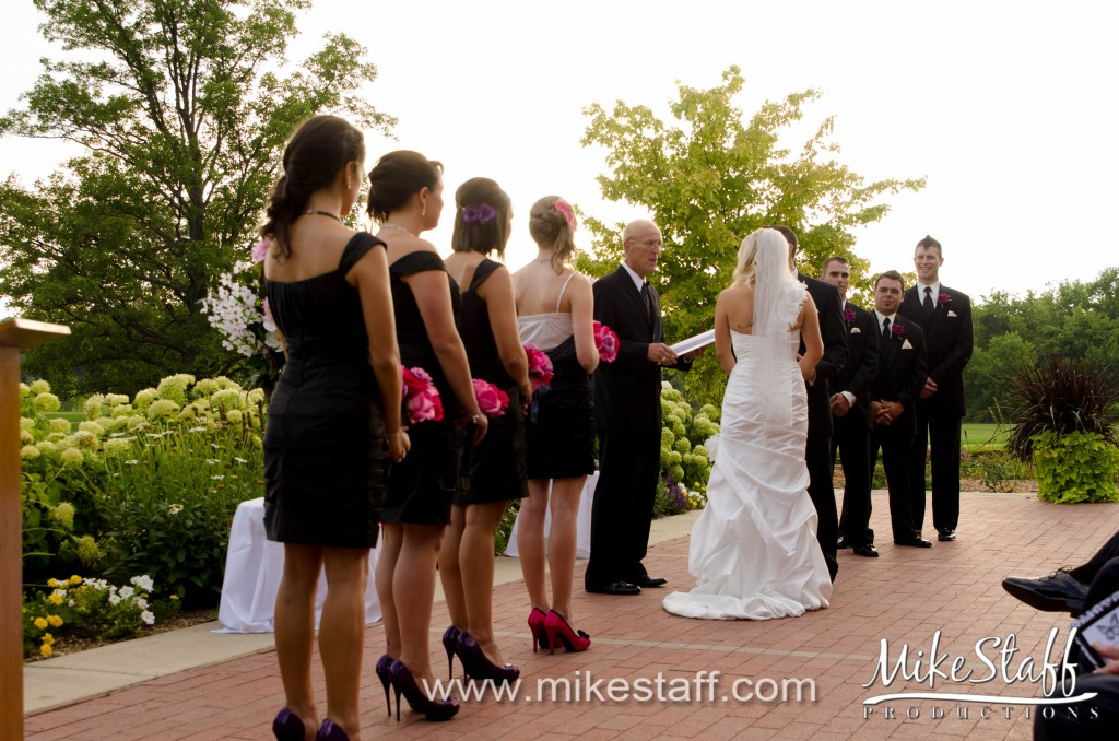 Lyon Oak Golf & Banquet Center – Wixom Wedding Photo -