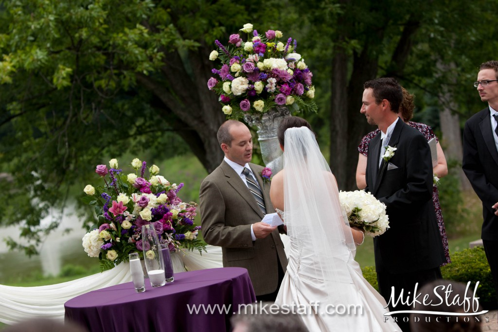 Plum Hollow Country Club Southfield Wedding Photo
