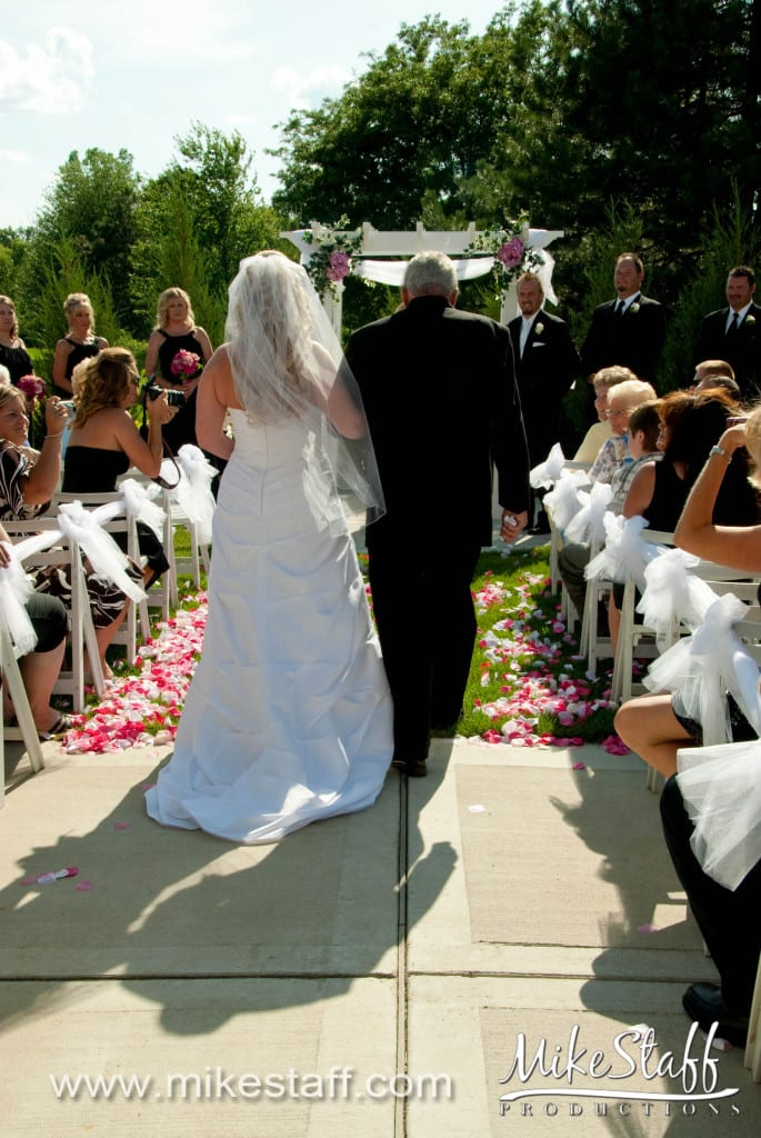 White Lake Oaks, White Lake Wedding Photo -