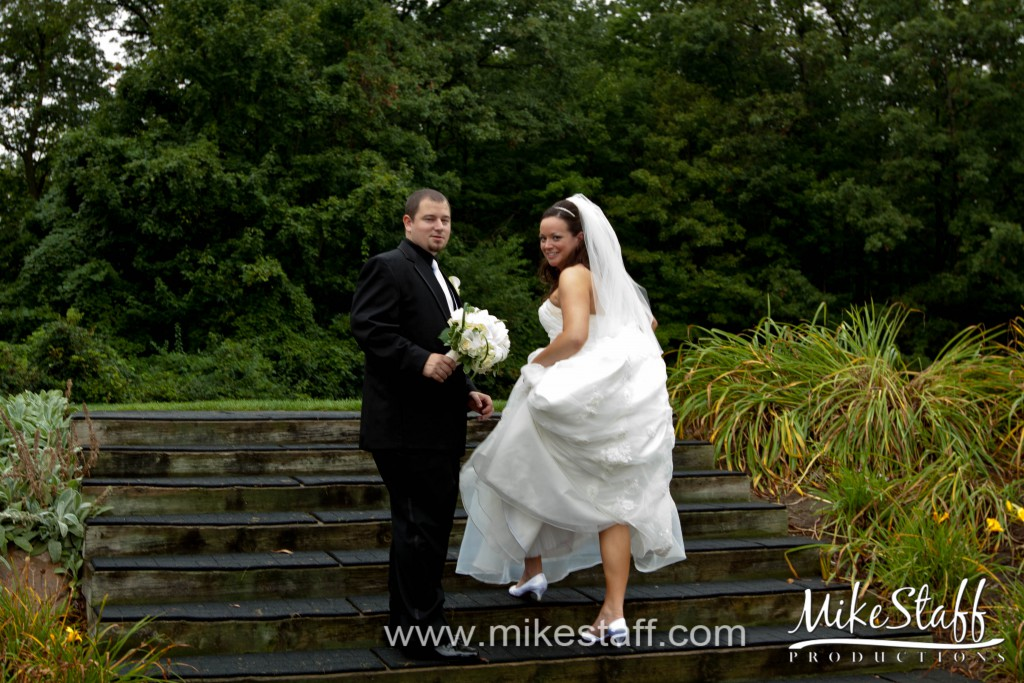 Meadowbrook Country Club – Northville, MI Wedding Photo -