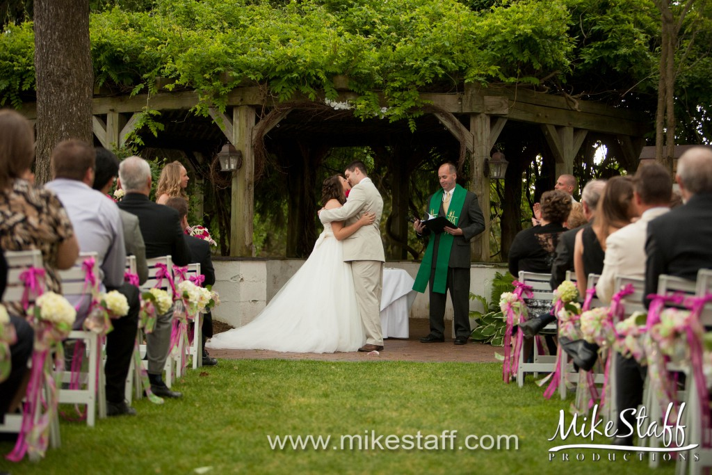 Addison Oaks – Leonard, MI Wedding Photo -