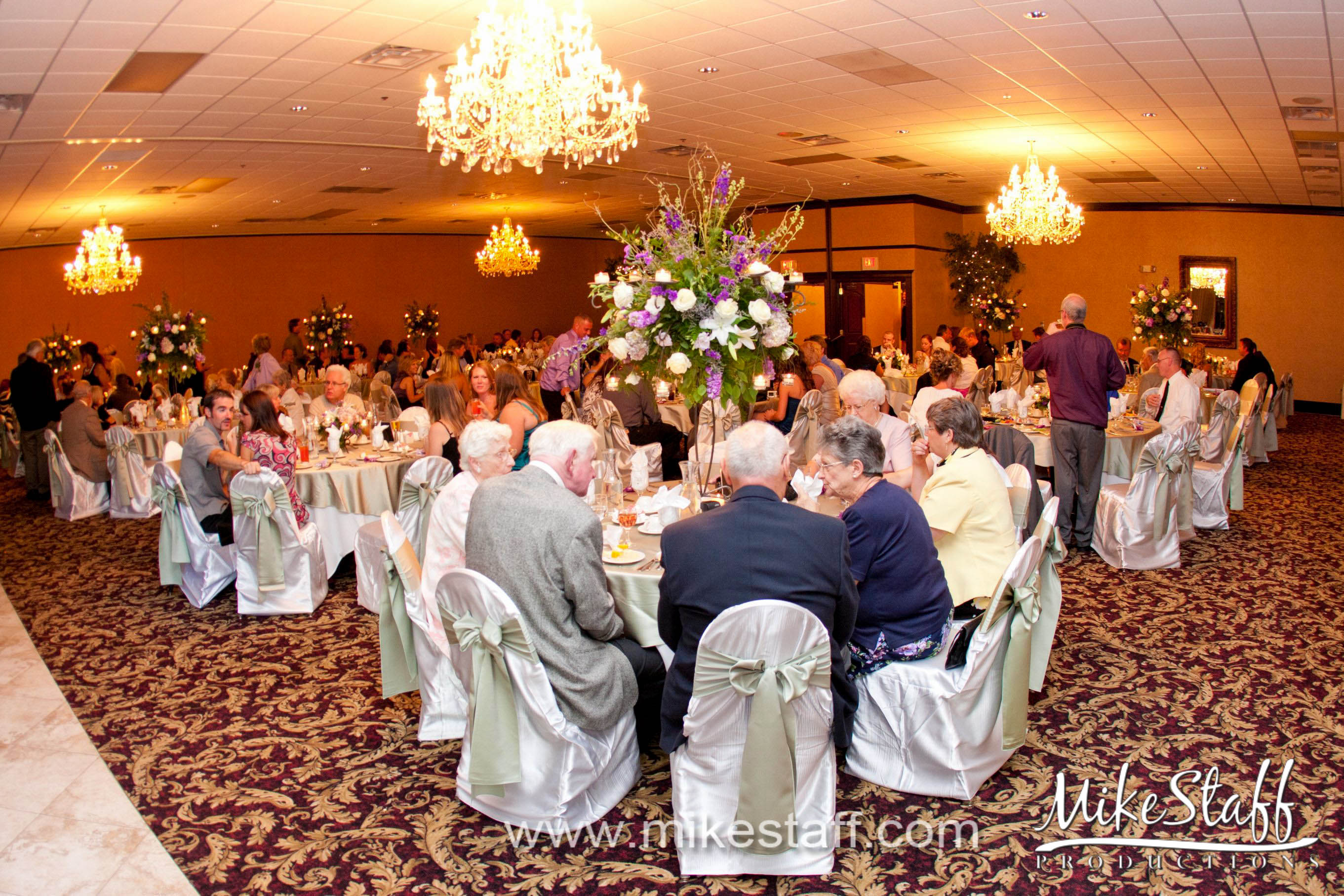 Crystal Gardens Banquet And Conference Center Southgate Mi Michigan Wedding Venues