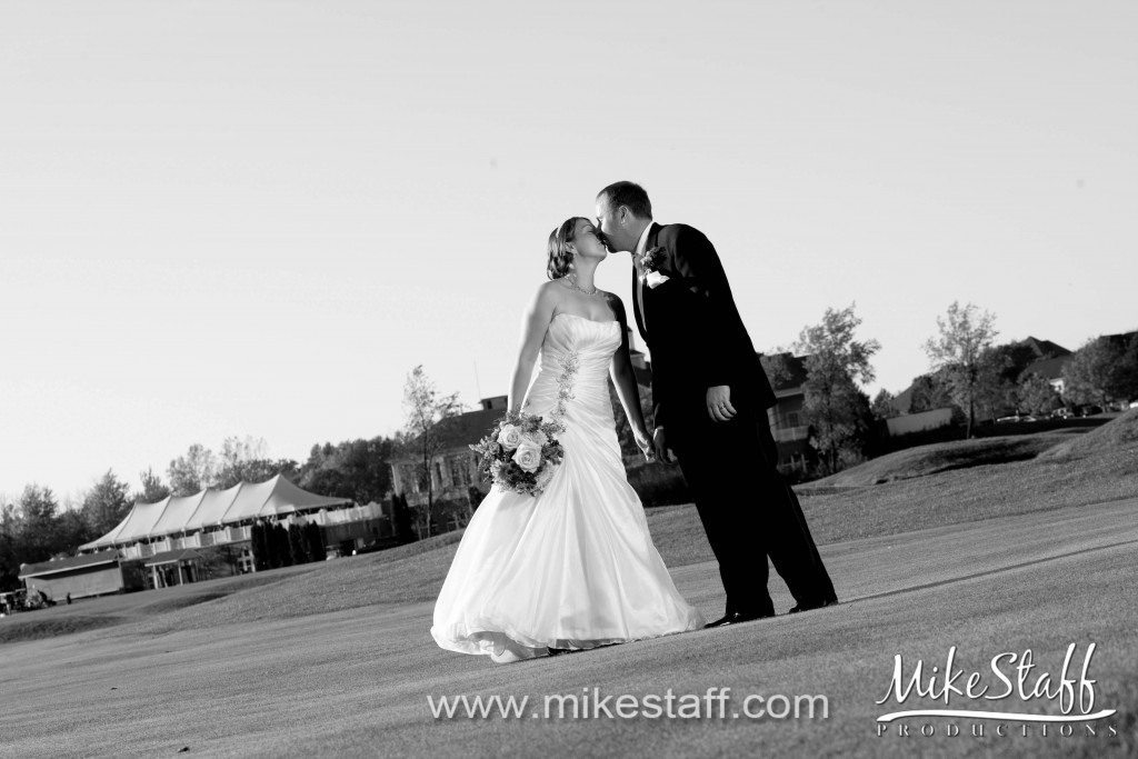 The Captains Club at Woodfield Wedding Photo -