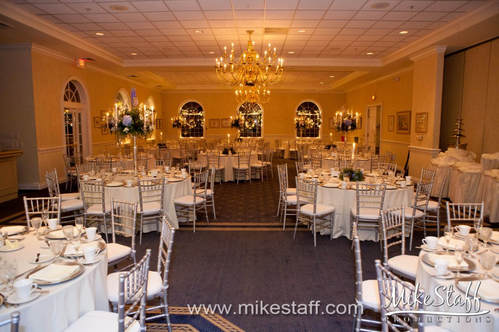 Cherry Creek Golf Club & Banquet Center – Shelby Twp., MI Wedding Photo -