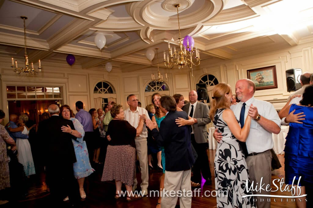 The Wyndgate – Rochester Hills, MI Wedding Photo -