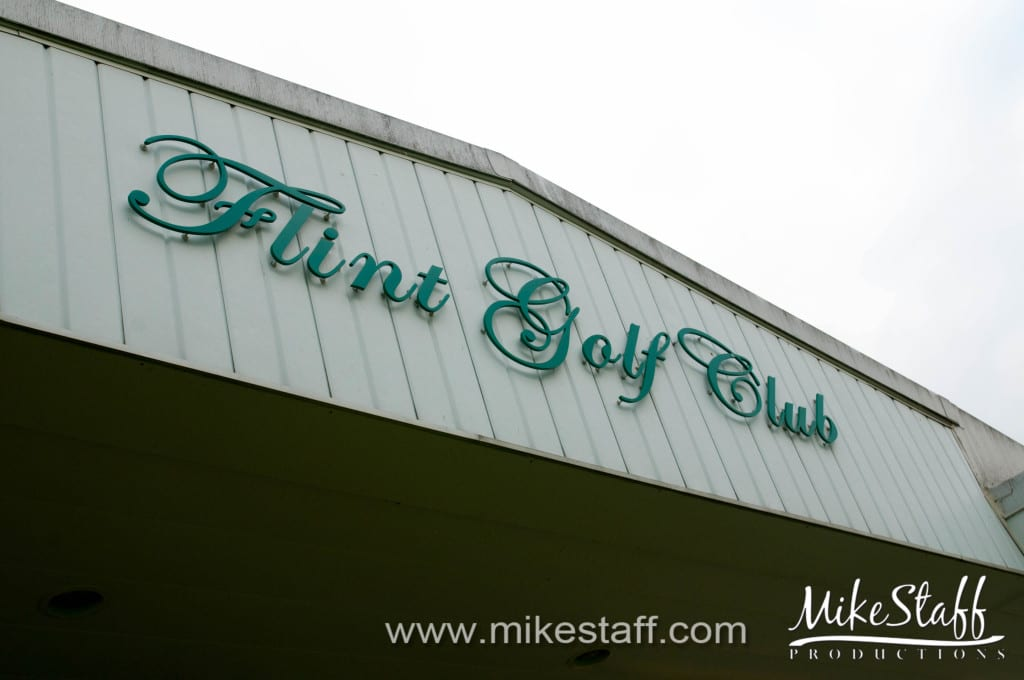 Flint Golf Club Wedding Photo -