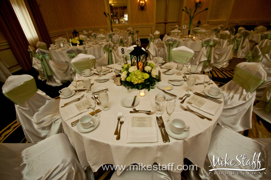 Dearborn Inn – Dearborn, MI Wedding Photo -
