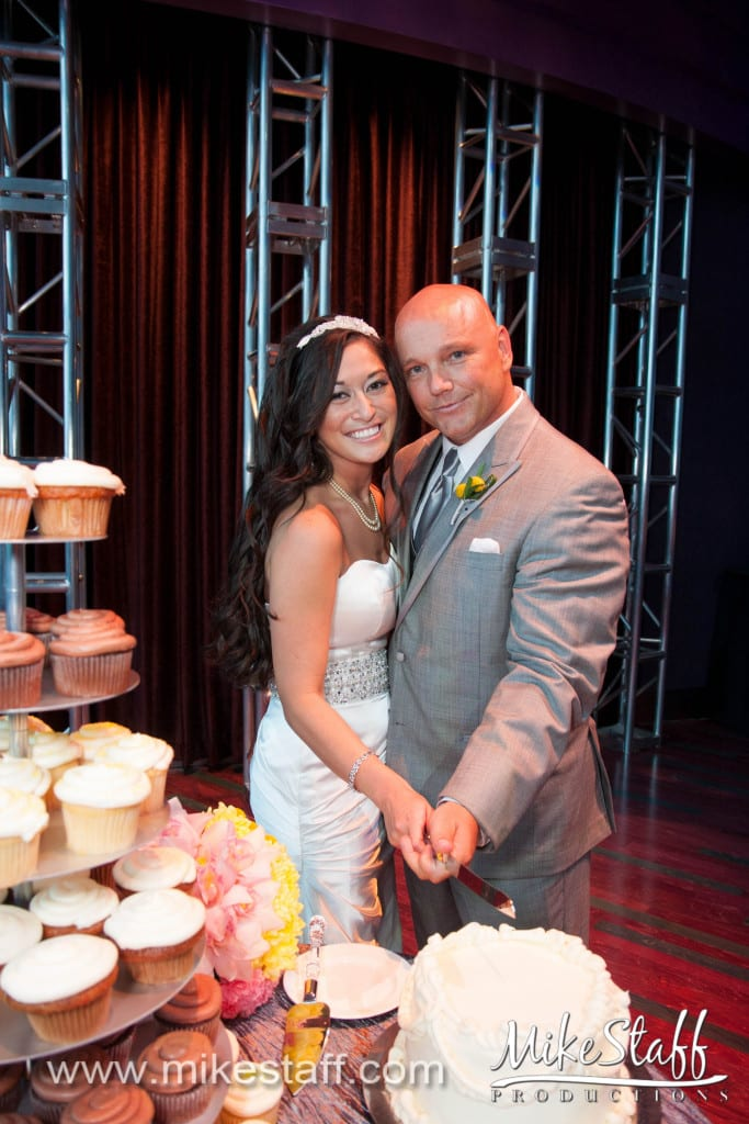 Motor City Casino Wedding Photo -